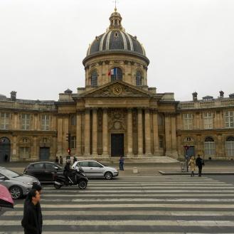 Language Institute in Paris