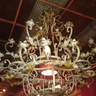 miamamia artsy chandelier