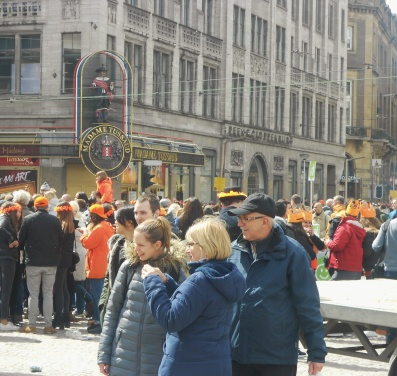 Madame Tussaud Amsterdam on Kings Day crowded
