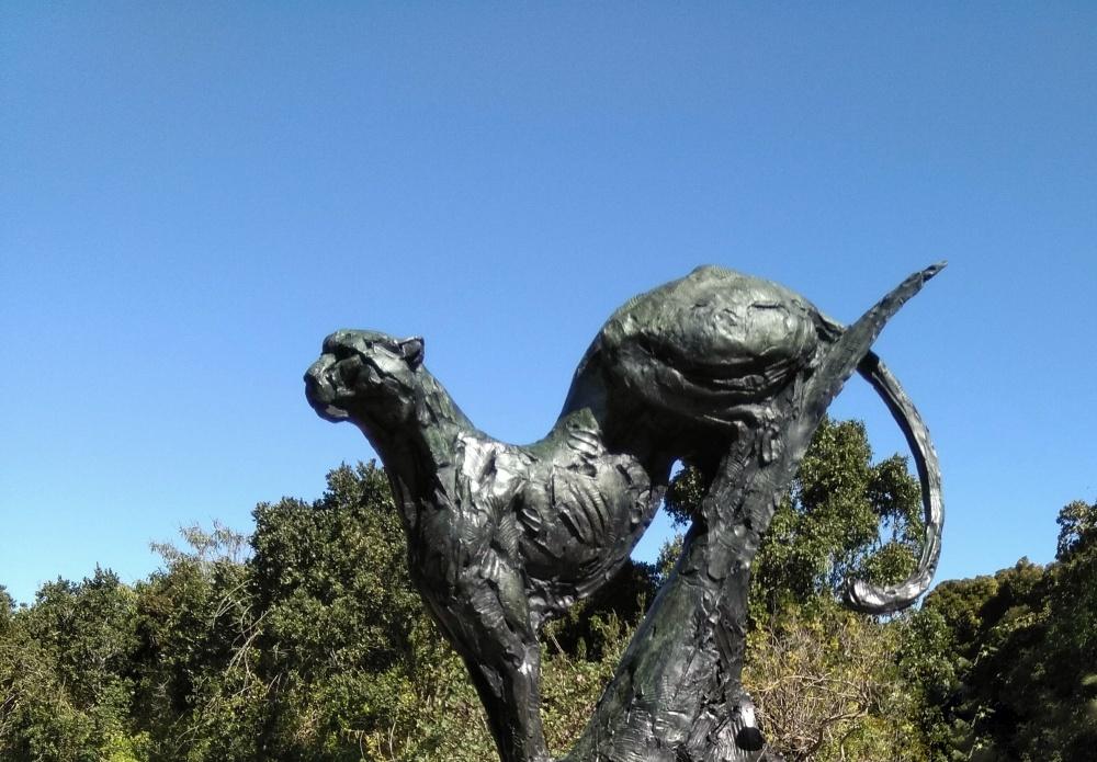 Bronze statue in Kirstenbosch