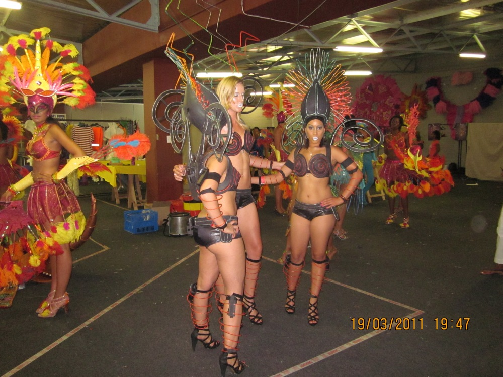 Behind the scenes of Cape Town carnival 2011