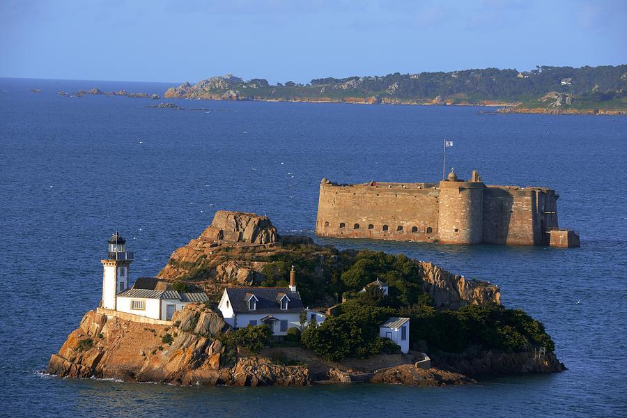 France, Brittany, Bretagne, Ile Louet, Louet Island, Carantec, Morlaix Bay, Pointe De Pen Al Lann, Lighthouse And Taureau Castle Chateau Du Taureau