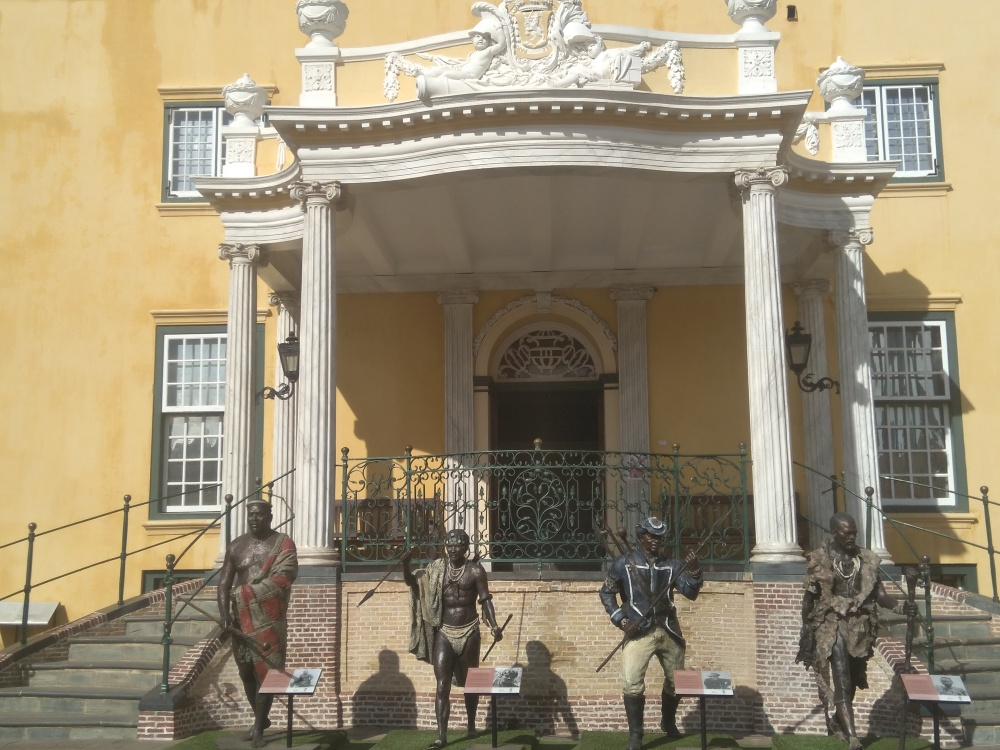 African resistance leaders honored at the Castle